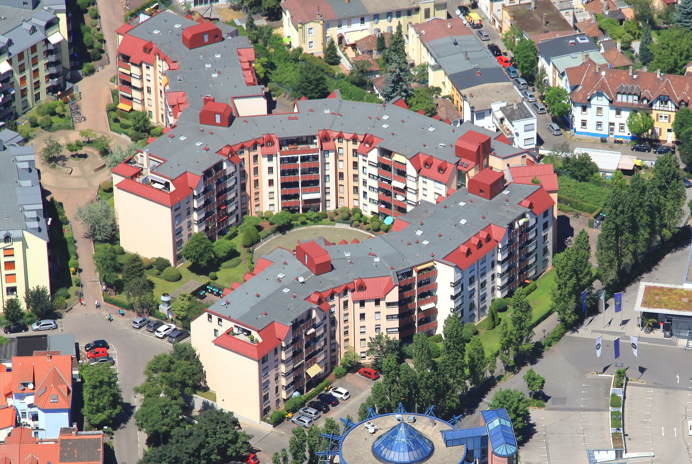 Mina Karcher Platz 2